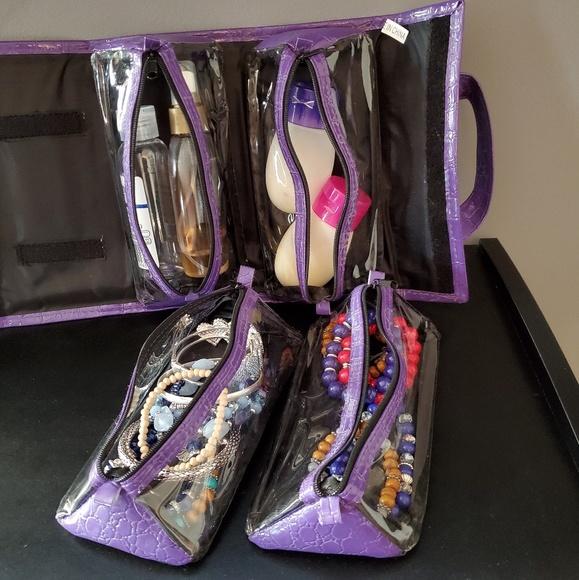 Joy Mangano Handbags - Joy Mangano Beauty Case